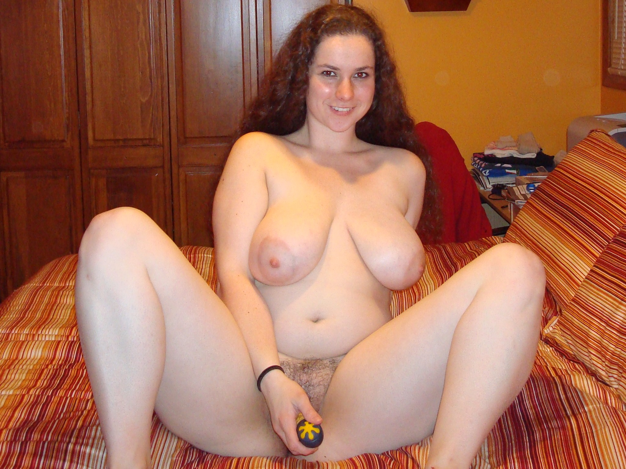 Chubby naked pussy