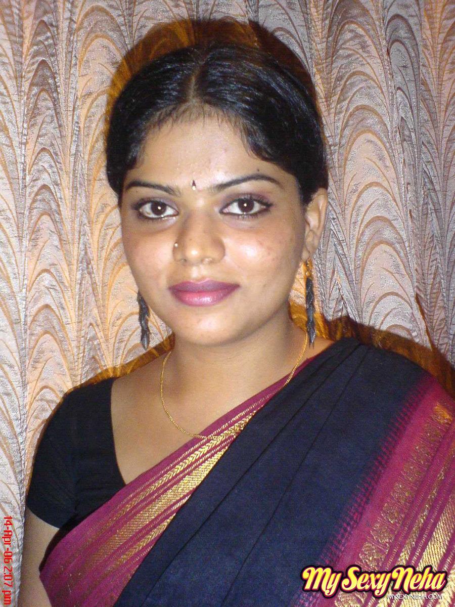 Saree indian. Full HD porno free photos.