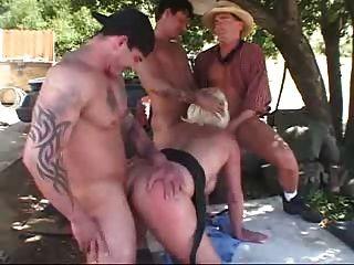 Midget porn video clips